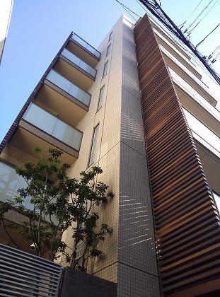 渋谷フィ・モード外観写真