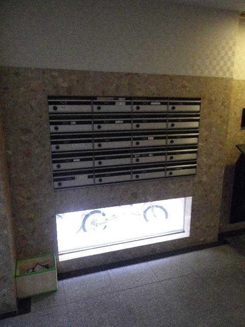 エタンセレ五反田 メールボックス