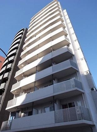 コンシェリア西新宿の外観・共用部画像です。