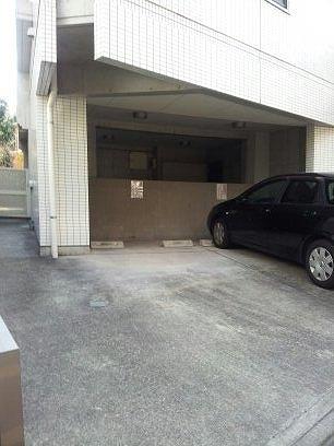 21° de南平台の駐車場写真になります
