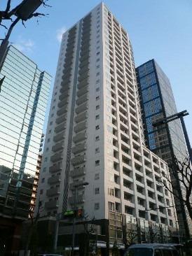 アトラスタワー西新宿の写真です。