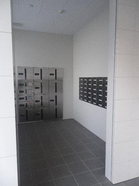 クリプトメリア目黒 メールボックス・宅配ボックスの写真になります