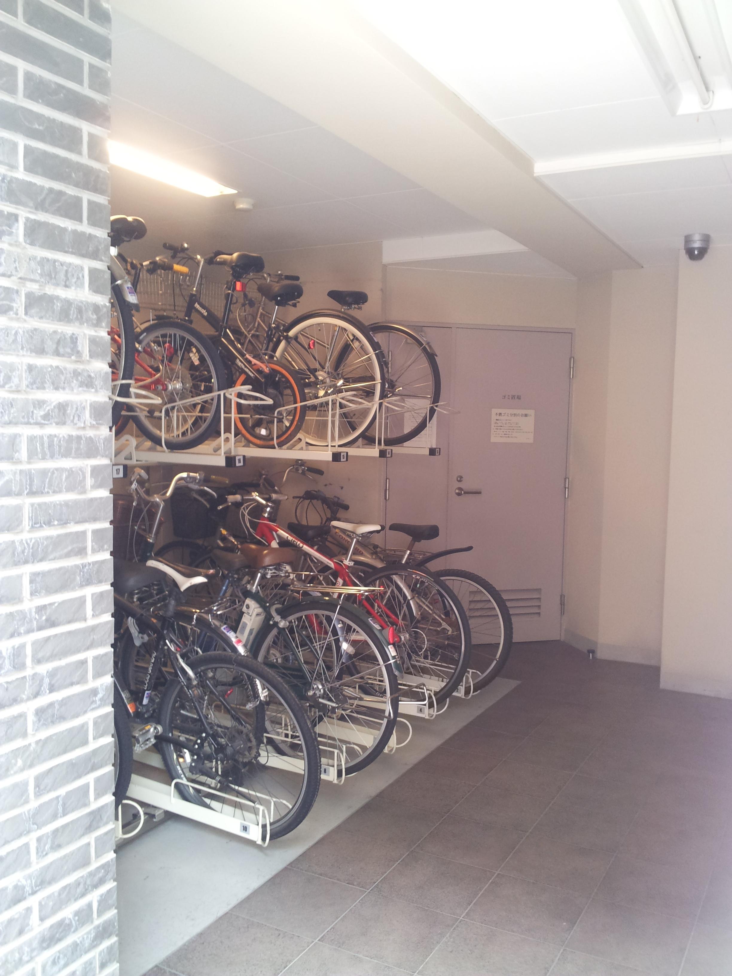 KIST原宿の駐輪場写真になります