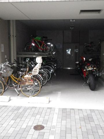 パークプレイス三田 駐輪場