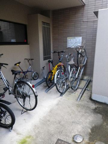 プラタナス目黒 自転車置場
