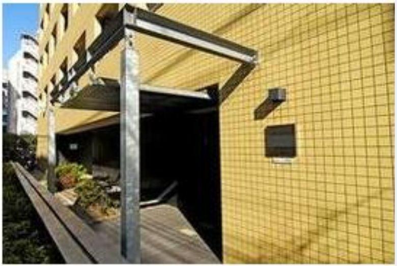 レジディア新宿イースト(旧パシフィックリビュー新宿東)の外観写真です