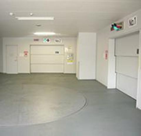 御殿山ハウス 駐車場