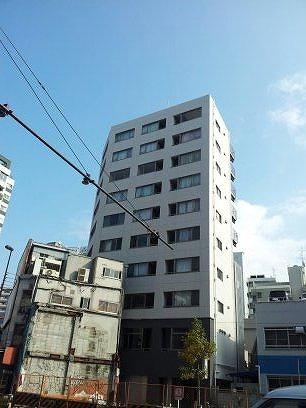 コンフォート東新宿の外観写真です