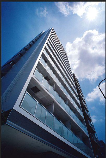 コスモグラシア西新宿の外観・共用部の画像です