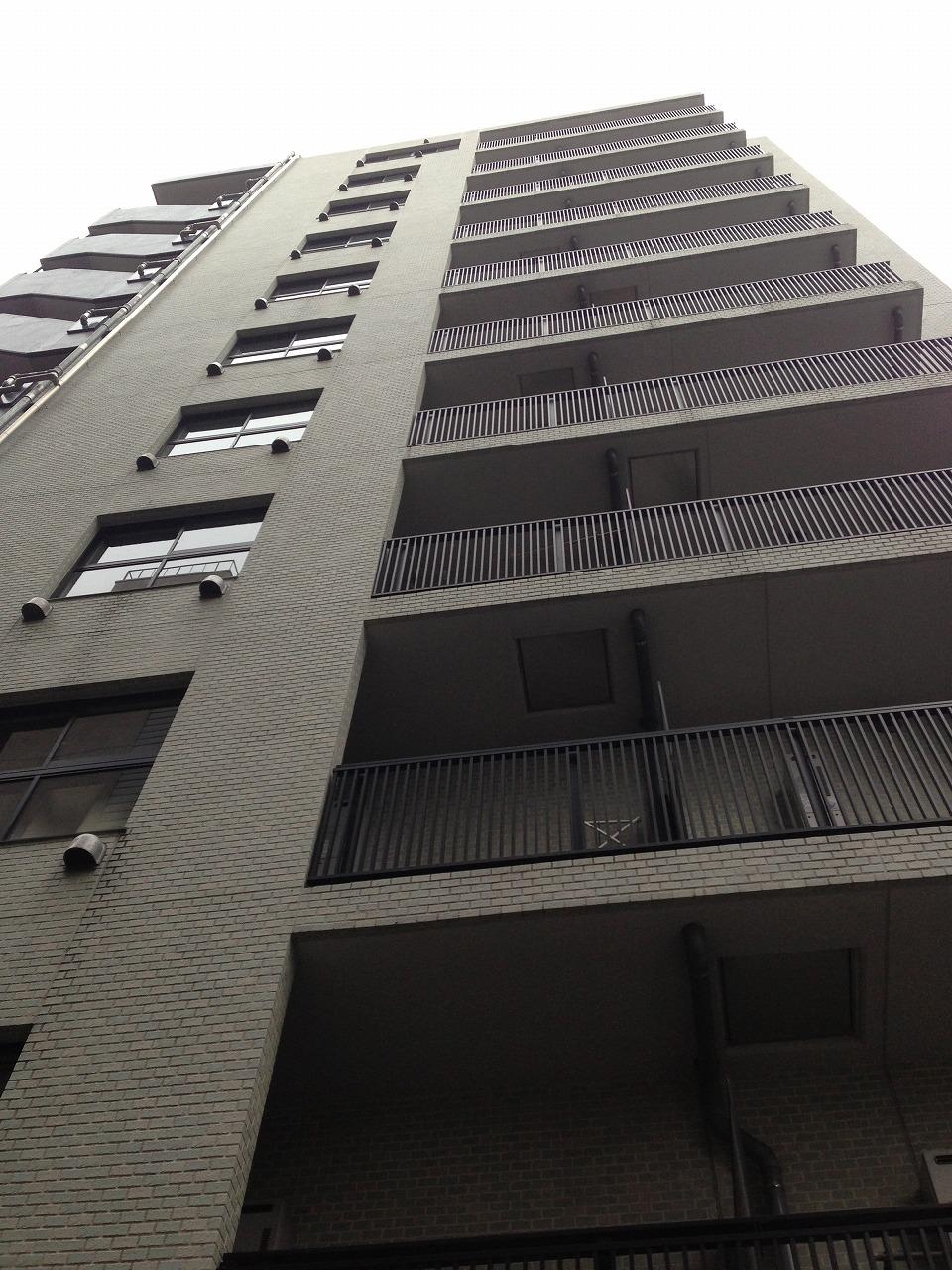 アパートメンツ南池袋の外観・共用部の画像です。