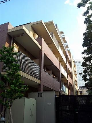 ※メゾンカルム西新宿の外観・共用部画像です