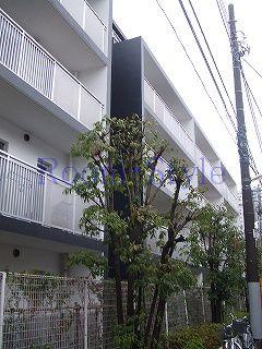 レジディア北新宿の外観画像です
